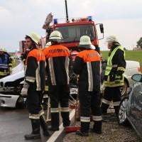 12-06-15_BY_Unterallgaeu_Ottobeuren_Guggenberg_Unfall_Feuerwehr_Poeppel_new-facts-eu0009