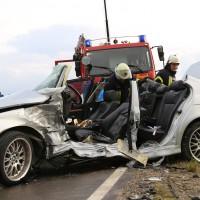12-06-15_BY_Unterallgaeu_Ottobeuren_Guggenberg_Unfall_Feuerwehr_Poeppel_new-facts-eu0014