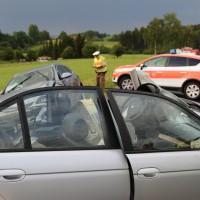 12-06-15_BY_Unterallgaeu_Ottobeuren_Guggenberg_Unfall_Feuerwehr_Poeppel_new-facts-eu0018
