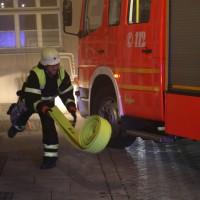 14-06-15_BY-Memmingen_Brand_Wohn-Geschaeftshaus_Kreuzstrasse_Feuerwehr_Poeppel_new-facts-eu0013