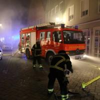 14-06-15_BY-Memmingen_Brand_Wohn-Geschaeftshaus_Kreuzstrasse_Feuerwehr_Poeppel_new-facts-eu0017
