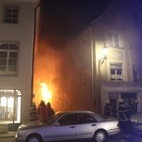 14-06-15_BY-Memmingen_Brand_Wohn-Geschaeftshaus_Kreuzstrasse_Feuerwehr_Poeppel_new-facts-eu0021
