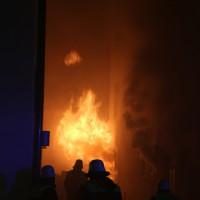 14-06-15_BY-Memmingen_Brand_Wohn-Geschaeftshaus_Kreuzstrasse_Feuerwehr_Poeppel_new-facts-eu0022