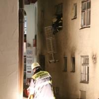 14-06-15_BY-Memmingen_Brand_Wohn-Geschaeftshaus_Kreuzstrasse_Feuerwehr_Poeppel_new-facts-eu0109