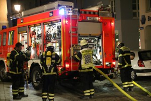14-06-15_BY-Memmingen_Brand_Wohn-Geschaeftshaus_Kreuzstrasse_Feuerwehr_Poeppel_new-facts-eu0140