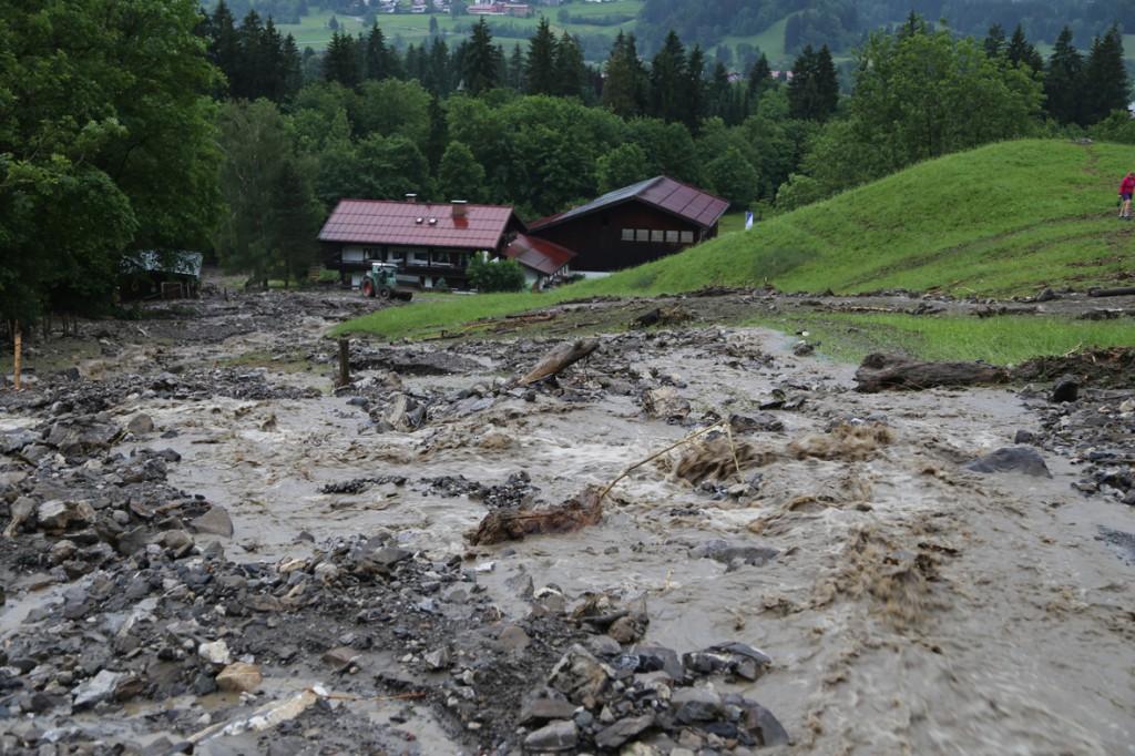 14-06-15_BY_Oberallgaeu_Oberstdorf_Murnenabgang_Grosseinsatz_Poeppel_new-facts-eu0021