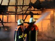 19-06-15_BY_Unterallgaeu_Lautrach_Brand_Stadel_Feuerwehr_Poeppel_new-facts-eu0017