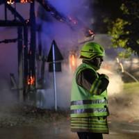 19-06-15_BY_Unterallgaeu_Lautrach_Brand_Stadel_Feuerwehr_Poeppel_new-facts-eu0026
