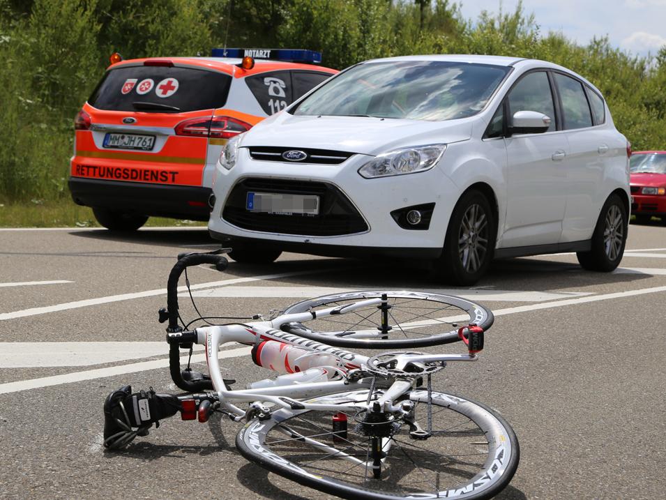 25-06-15_BY_Unterallgaeu_B18_Erkheim_Fahrradfahrer_Unfall_Poeppel_new-facts-eu0008
