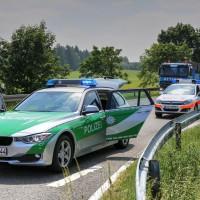 VU-B12-B472-Aschnlussstelle Geisenried-Bringezu-new-facts.eu-schwer verletzt-Vollsperrung-Rettungsdienst-Frontalzusammenstoss-beim-abbiegen (23)_tonemapped