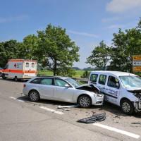 VU-B12-B472-Aschnlussstelle Geisenried-Bringezu-new-facts.eu-schwer verletzt-Vollsperrung-Rettungsdienst-Frontalzusammenstoss-beim-abbiegen (50)_tonemapped