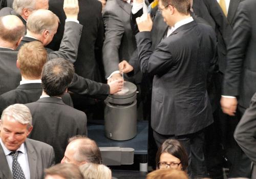 Abstimmung im Bundestag, über dts Nachrichtenagentur