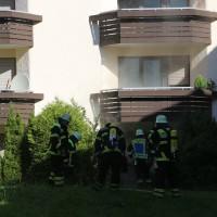 01-07-15_BY-Memmingen_Brand_Wohnung_Huehnerberg-Feuerwehr_Poeppel_new-facts-eu0006