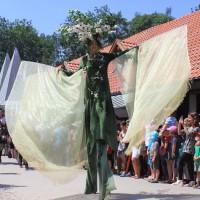 12-07-2015_BY-Kaltenberg-Festspiele_2015_Umzug_Kuehnl_new-facts-eu0328