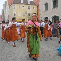 23-07-2015_Memminger-Kinderfest-2015_Umzug_Kuehnl_new-facts-eu0084