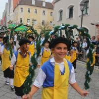 23-07-2015_Memminger-Kinderfest-2015_Umzug_Kuehnl_new-facts-eu0089