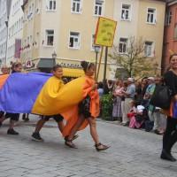 23-07-2015_Memminger-Kinderfest-2015_Umzug_Kuehnl_new-facts-eu0107