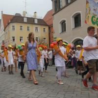 23-07-2015_Memminger-Kinderfest-2015_Umzug_Kuehnl_new-facts-eu0124
