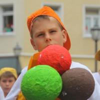 23-07-2015_Memminger-Kinderfest-2015_Umzug_Kuehnl_new-facts-eu0125
