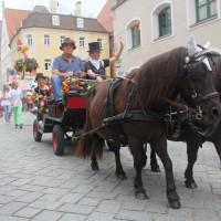 23-07-2015_Memminger-Kinderfest-2015_Umzug_Kuehnl_new-facts-eu0146