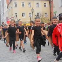 23-07-2015_Memminger-Kinderfest-2015_Umzug_Kuehnl_new-facts-eu0150