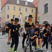 23-07-2015_Memminger-Kinderfest-2015_Umzug_Kuehnl_new-facts-eu0159