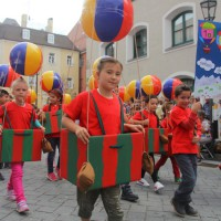 23-07-2015_Memminger-Kinderfest-2015_Umzug_Kuehnl_new-facts-eu0177
