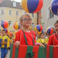 23-07-2015_Memminger-Kinderfest-2015_Umzug_Kuehnl_new-facts-eu0178