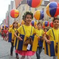 23-07-2015_Memminger-Kinderfest-2015_Umzug_Kuehnl_new-facts-eu0179
