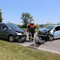 Frontallzusammenstoß-Biessenhofen-B16-11-07-2015-vier-Verletzte-Vollsperrung-Rettungswagen-Notarzt-Ostallgäu-Bringezu-Feuerwehr (11)