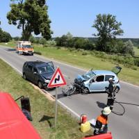 Frontallzusammenstoß-Biessenhofen-B16-11-07-2015-vier-Verletzte-Vollsperrung-Rettungswagen-Notarzt-Ostallgäu-Bringezu-Feuerwehr (26)