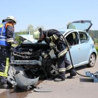 Frontallzusammenstoß-Biessenhofen-B16-11-07-2015-vier-Verletzte-Vollsperrung-Rettungswagen-Notarzt-Ostallgäu-Bringezu-Feuerwehr (38)