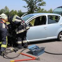 Frontallzusammenstoß-Biessenhofen-B16-11-07-2015-vier-Verletzte-Vollsperrung-Rettungswagen-Notarzt-Ostallgäu-Bringezu-Feuerwehr (51)