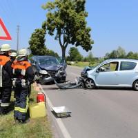 Frontallzusammenstoß-Biessenhofen-B16-11-07-2015-vier-Verletzte-Vollsperrung-Rettungswagen-Notarzt-Ostallgäu-Bringezu-Feuerwehr (65)