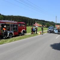 Frontallzusammenstoß-Biessenhofen-B16-11-07-2015-vier-Verletzte-Vollsperrung-Rettungswagen-Notarzt-Ostallgäu-Bringezu-Feuerwehr (72)