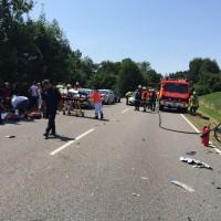 Unfall-11.07.2015-B31-mehrere Verletzte-Rädler-Frontalzusammenstoß (2)