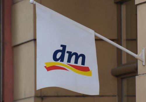 Drogeriemarkt dm, über dts Nachrichtenagentur