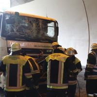 18-08-2015_A96_Kohlbergtunnel_Stetten_Erkheim_Lkw-Unfall_Vollsperrung_Feuerwehr_Poeppel_new-facts-eu0024