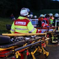 24-08-2015_BY-B300_Babenhausen_Unfall_Feuerwehr_Poeppel_new-facts-eu0009