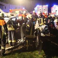 24-08-2015_BY-B300_Babenhausen_Unfall_Feuerwehr_Poeppel_new-facts-eu0069