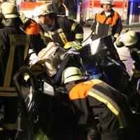24-08-2015_BY-B300_Babenhausen_Unfall_Feuerwehr_Poeppel_new-facts-eu0070
