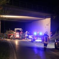 09-10-2015_Unterallgaeu_Wolfertschwenden_Woringen_Unfall_Traktor_pkw_feuerwehr_Poeppel0019