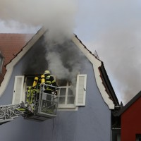 21-10-2015_Memmingen_Zimmerbrand_Theaterplatz_Feuerwehr_Poeppel_new-facts-eu008