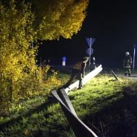 25-10-2015_Unterallgaeu_Tuerkheim_Unfall_toedlich_Transporter_Feuerrwehr_Poeppel_new-facts-eu0013