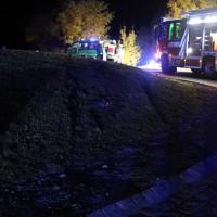 25-10-2015_Unterallgaeu_Tuerkheim_Unfall_toedlich_Transporter_Feuerrwehr_Poeppel_new-facts-eu0019