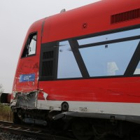 26-10-2015_Neu-Ulm_Illertissen_Jeddesheim_Bahnunfall_Lkw_Regionalbahn_Poeppel_new-facts-eu0017