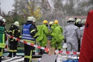31-10-2015_Biberach_Dettingen-Iller_Chemie_Gefahrgut_Lidl_Feuerwehr_Poeppel_new-facts-eu0008