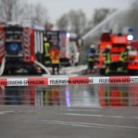 31-10-2015_Biberach_Dettingen-Iller_Chemie_Gefahrgut_Lidl_Feuerwehr_Poeppel_new-facts-eu0022