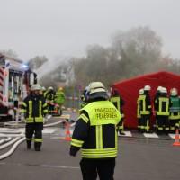 31-10-2015_Biberach_Dettingen-Iller_Chemie_Gefahrgut_Lidl_Feuerwehr_Poeppel_new-facts-eu0025