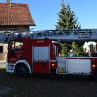 07-11-2015_Biberach_Gutenzell-uebung_Bauernhof-Brand_Feuerwehr_new-facts-eu0004